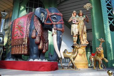 elephantblog2.jpg