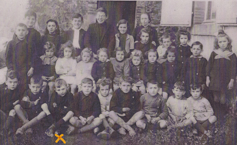 amedee-ecole-1941blogbis dans Portraits de famille