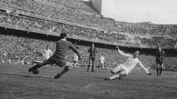 1962 au Camp Nou contre barça