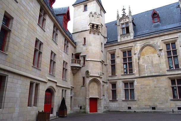 Bibliothèquee Forney blog2