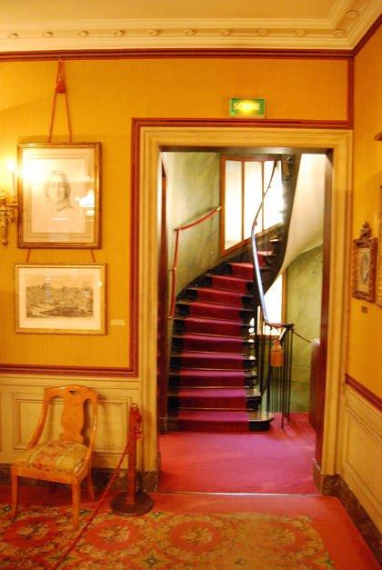 escalier musée vie romantiqueblog