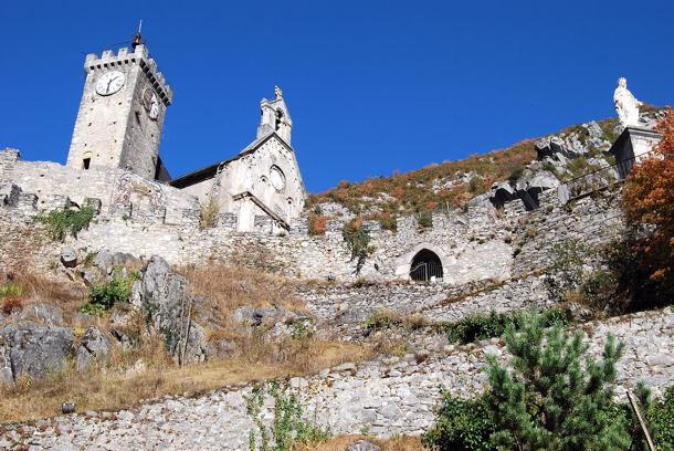 Saint-Béat château blog1