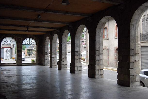 Saint-Béat halles blog