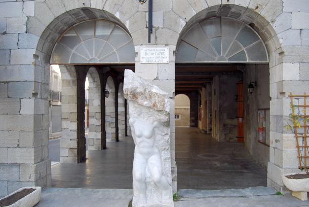 Saint-Béat halles blog2