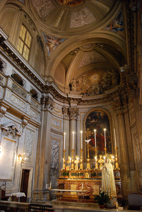 Piazza Trevi église blog2