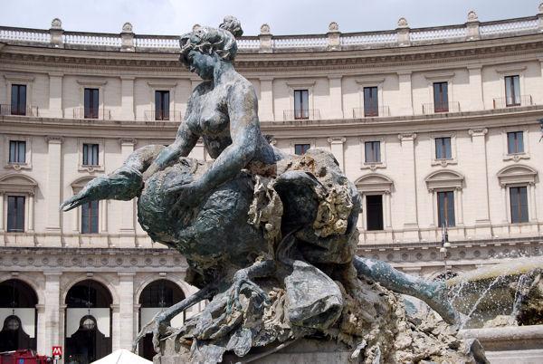 Piazza Repubblica blog3