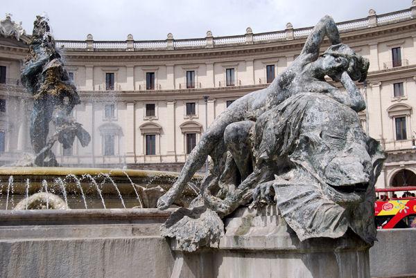 Piazza Repubblica blog4