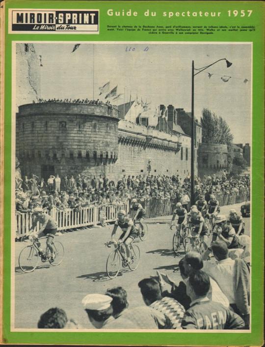 1957-06-30+-+Miroir-SprintEquipe de France au départ de Nantes