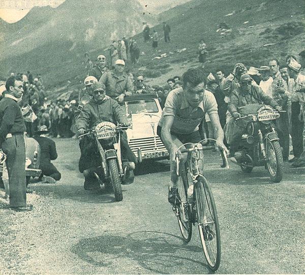 Tour 1957 St-Gaudens-Pau Dotto en tête dans Aubisque blog
