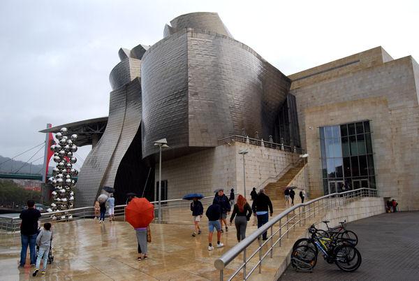 Bilbao Guggenheim ext blog 1