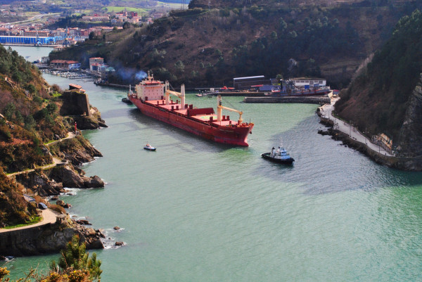 Cargo à Pasaia