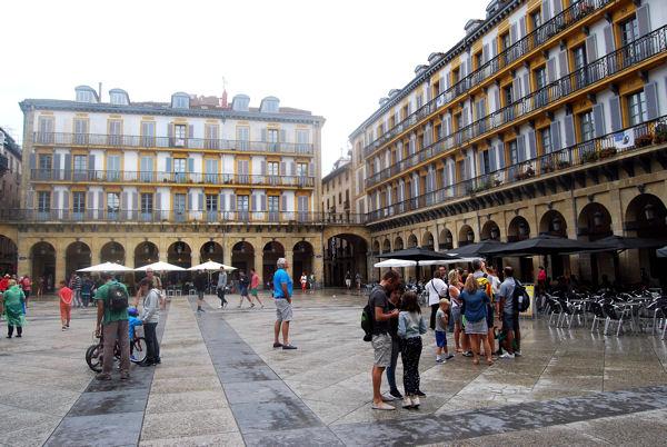 San Sebastian blog Plaza Constitucion 2