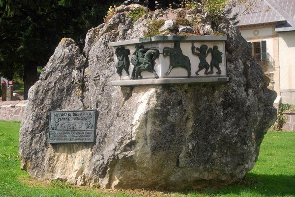 Roncevaus stèle bataille blog 1