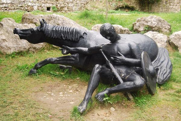 Roncevaux sculpture Roland blog