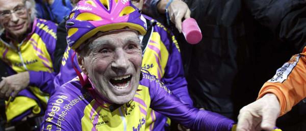 robert-marchand-champion-du-monde-de-cyclisme-a-plus-de-100-ans