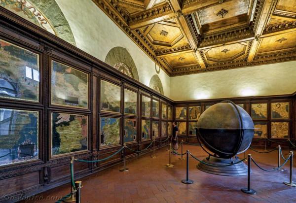 palazzo-vecchio-salle-des-cartes-geographiques-dionigi-nigetti-egnazio-danti-stefano-buonsignori-1581-florence-italie