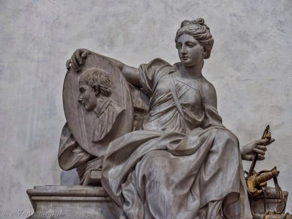 tombeau-nicolas-machiavel-eglise-santa-croce-florence-04