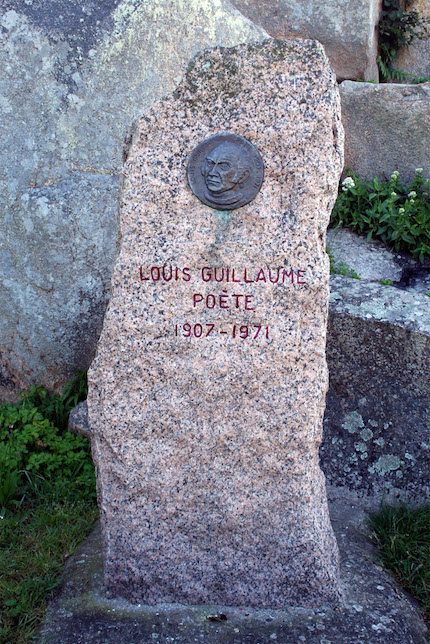 Blog Louis_Guillaume_Monument_Brehat
