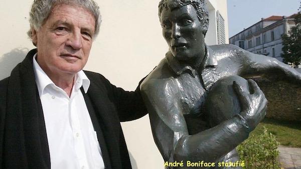 Blog André Boniface statufié 2