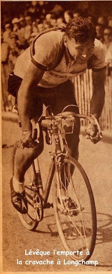 1951-07-09+-+But+et+CLUB+-+Miroir+des+Sports+-+302+-+08B